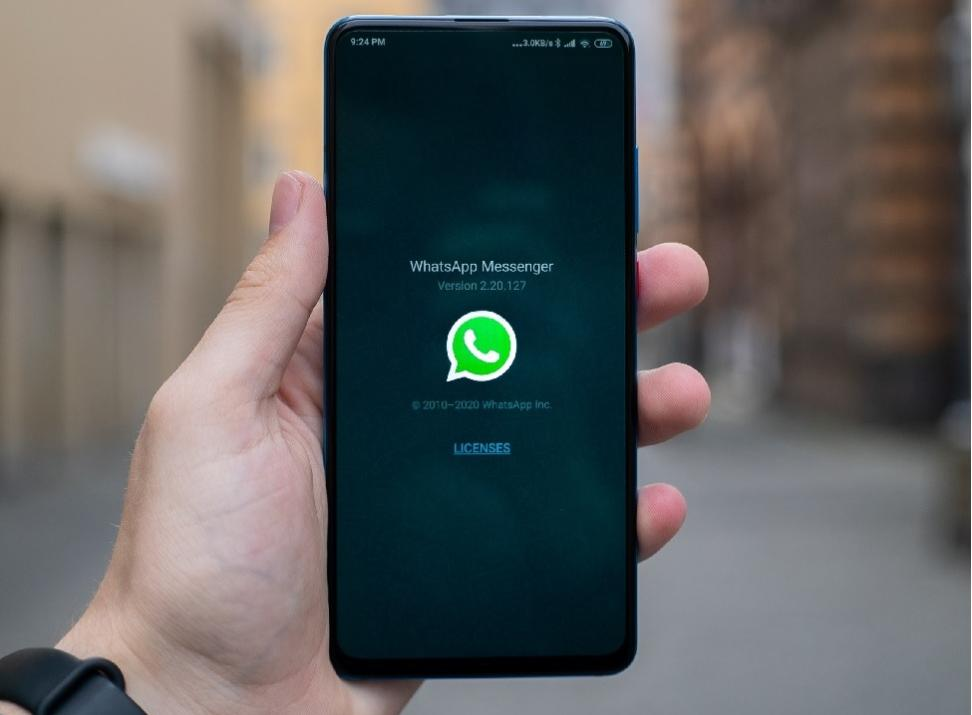 How to Set Up a local WhatsApp group