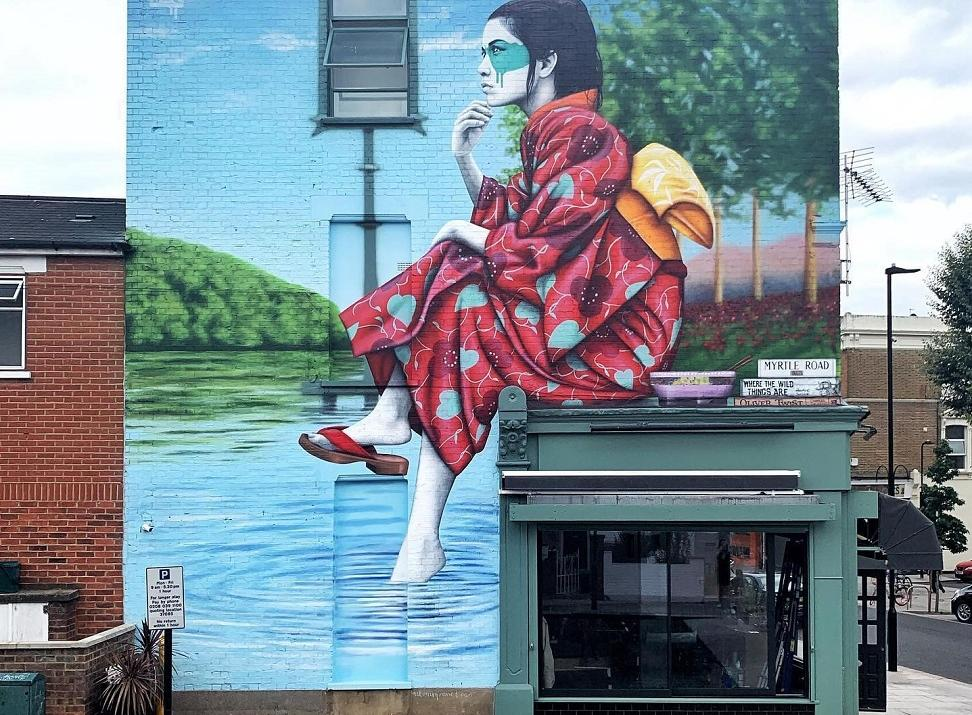 FinDac art mural in Mrytle Road