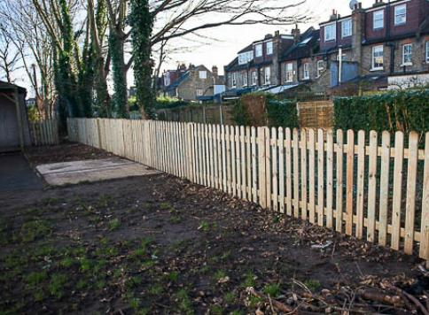 External grounds with fencing